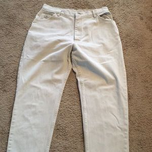 Women's Size 12 Denim Jeans (Wrangler for Women)